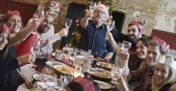 Food Standards Agency urges you to 'look before you book' for Christmas